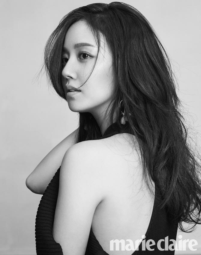 문채원 `좋은 배우, 일원, 딸이고 싶다`…고혹미