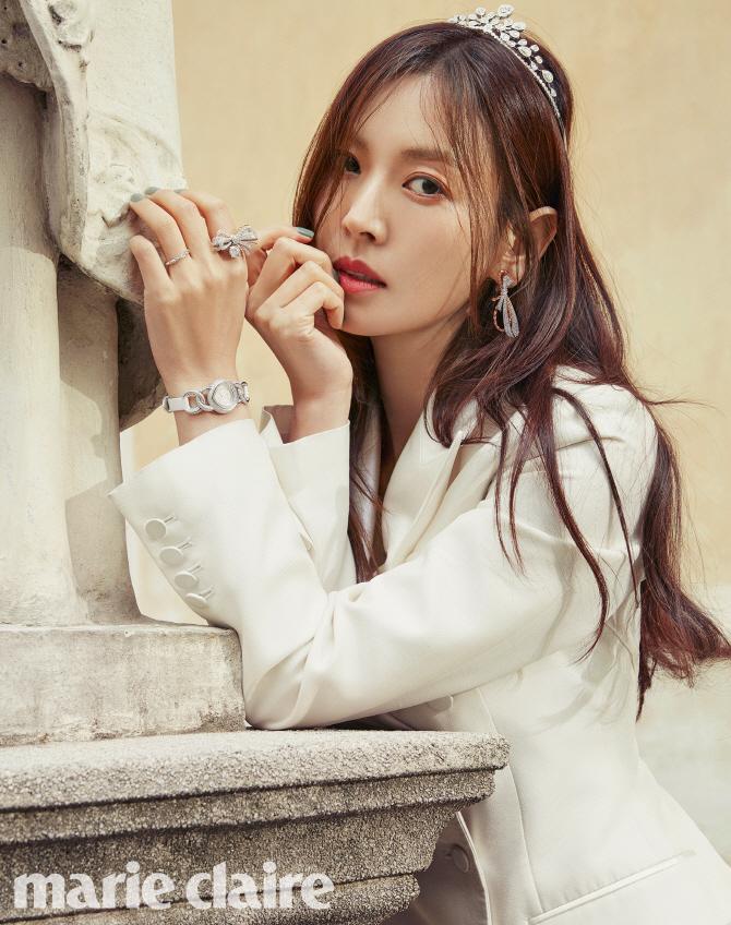[포토]김소연, 웨딩화보 `청초한 신부`