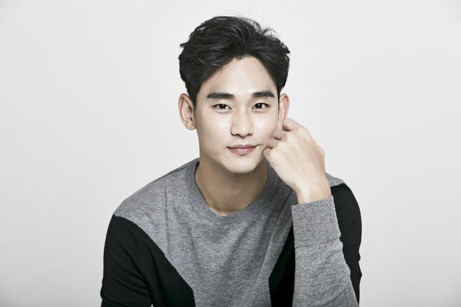 """김수현 """"'리얼' 애정 큰 영화…30代 더 여유로웠으면""""(인터뷰)"""