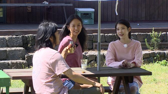 `효리네 민박` 장필순 등장 `눈길`…日 종편 시청률 1위 고수