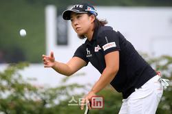 'MY문영 퀸즈파크 챔피언십 2017'-2R