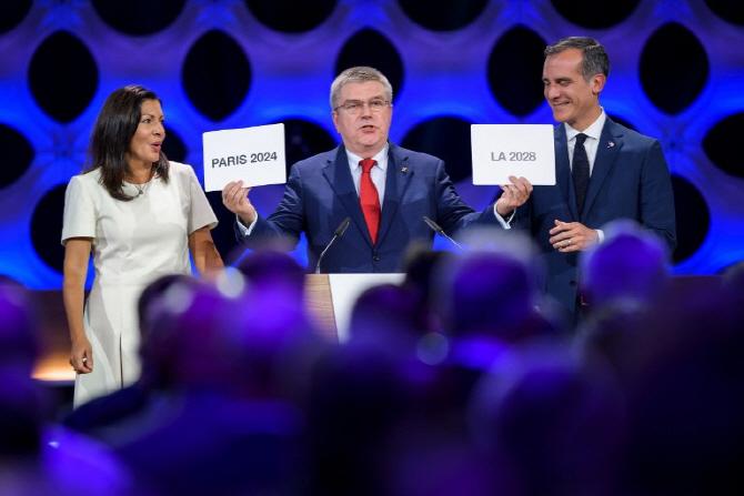 2024년 파리-2028년 LA, 하계올림픽 개최지 첫 동시 발표