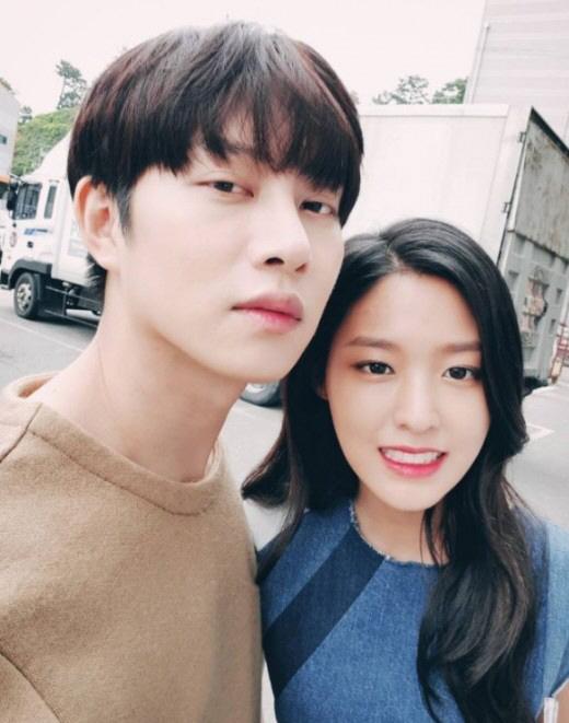 김희철X설현, 실사판 비주얼 남매…`이 조합, 칭찬해`