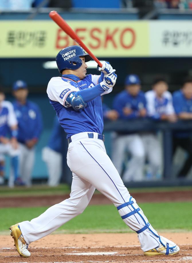 `국민타자` 이승엽이 쌓은 개인통산 626홈런의 역사