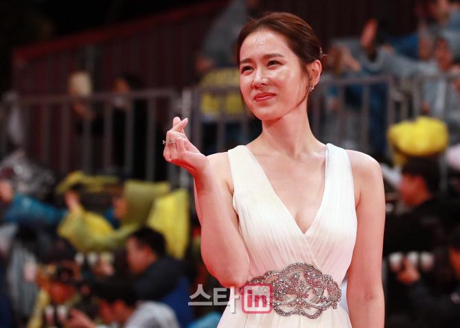 [포토]배우 손예진, `이 미모 언제까지`