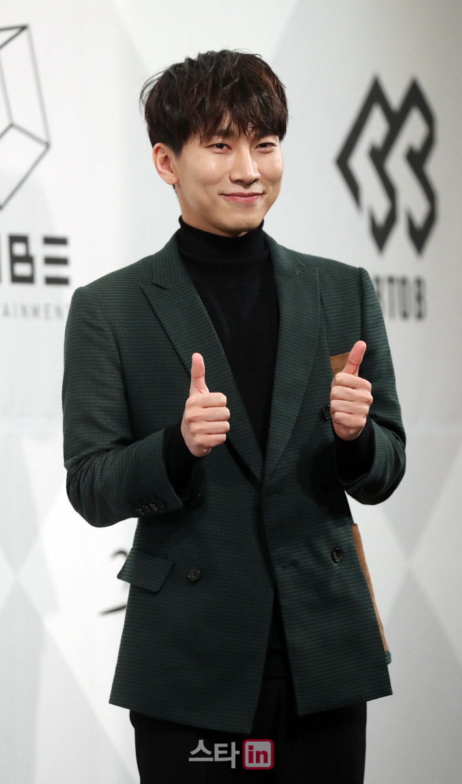 """스웨덴전 ★응원, 비투비 서은광 """"부담감의 허를 찔러라"""""""