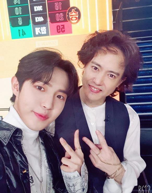 김재환·김이나, '슈가맨3' 양준일과 인증샷