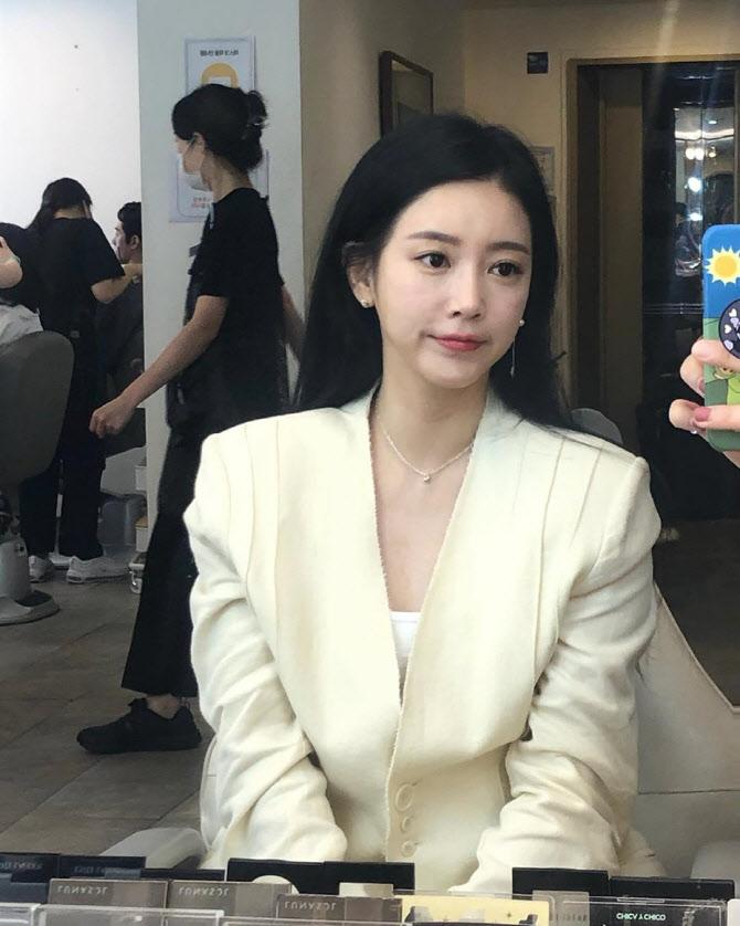 """소연 """"작사가로 참여한 김호중 앨범 사랑받아 감사"""""""