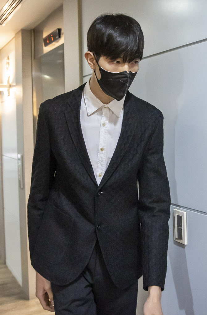 삼성, '음주운전 사고' 김진영에 자체징계...'한 시즌 반 못뛴다'