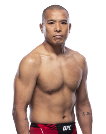 '아이언 터틀' 박준용, 은추크위에 판정승...UFC 3연승 질주