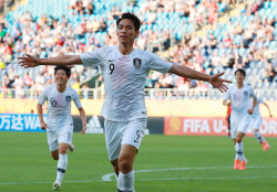 [U-20 월드컵]오세훈 헤딩 결승골...한국, 숙적 일본 꺾고 8강
