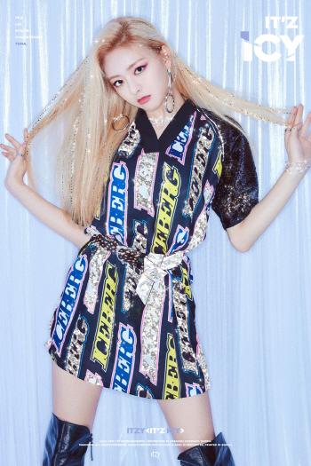 ITZY(있지), 티저·패션 화보