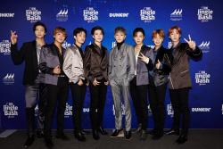 NCT127, 美라디오 콘서트 달궜다…세계적 팝☆와 한무대