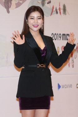 [지금은 트롯시대]'전국구 스타' 송가인… '광진구 고소영' 조정민