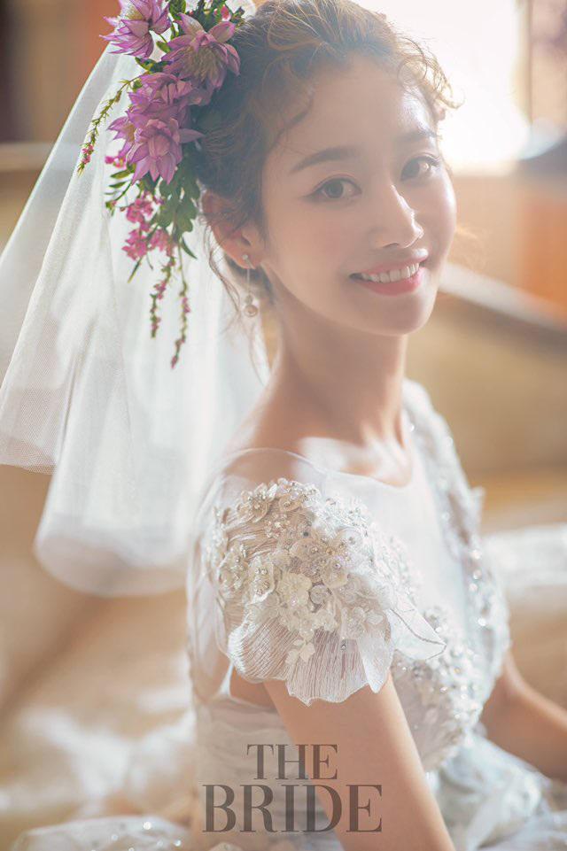 크레용팝 금미, 소율 이어 두 번째 품절녀…신랑 누구