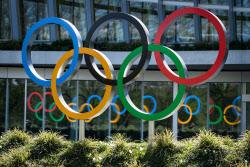 """IOC """"올림픽 새 일정, 건강·선수 이익 보호 등 고려해 결정"""""""