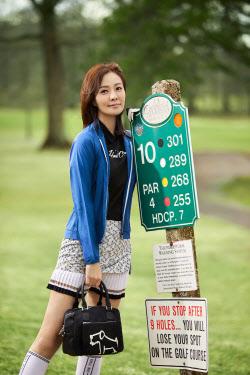 [포토]손태영, 센스 있는 골프웨어 스타일링