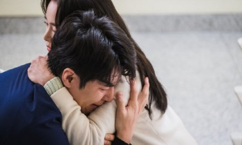 '하이바이,마마!' 이규형, 김태희 품에서 '폭풍 오열'