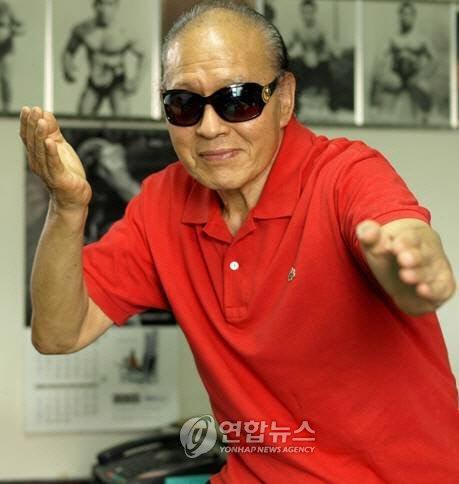 '당수치기 달인' 프로레슬러 천규덕, 88세 나이로 별세