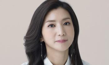 """'황정민의 뮤직쇼' 방송 중 유리창 파손…KBS """"난동 男, 경찰 조사 중"""" [전문]"""