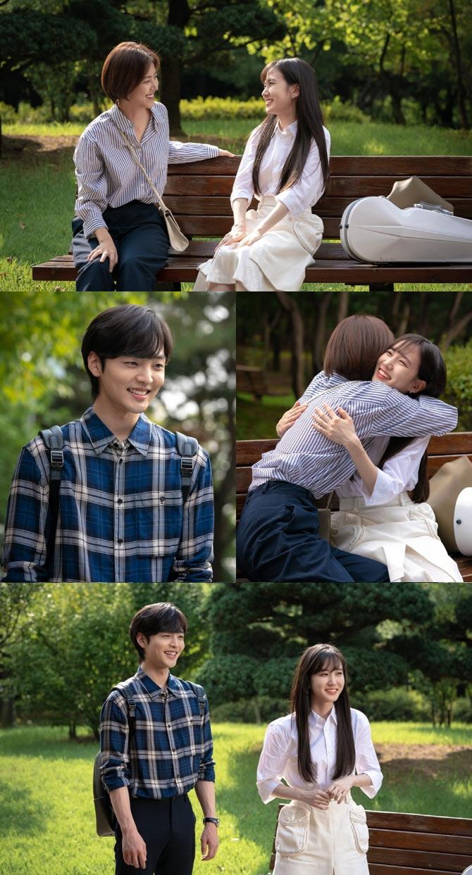 '브람스를 좋아하세요?' 박은빈·김민재, 음대 공식 캠퍼스커플 등극