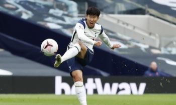 손흥민, 두 차례 골대 불운에 3경기 연속골 무산...토트넘, 1-1 무승부