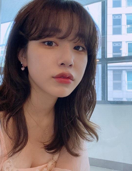 """'려욱♥' 아리 """"신천지·커플링 NO… 마음 상하게 해드려 죄송"""" [전문]"""