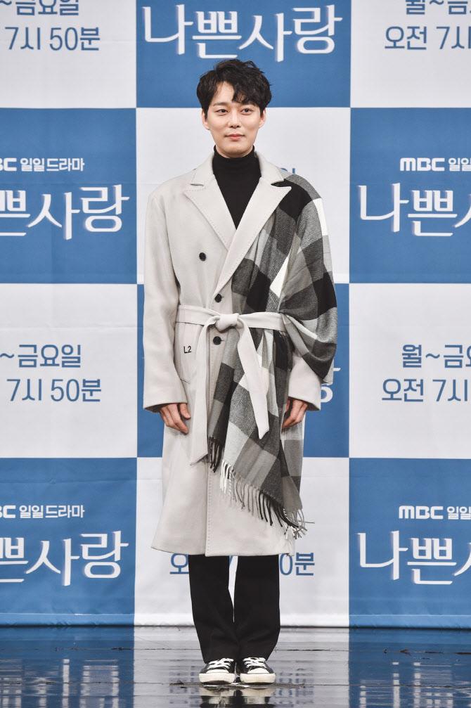 """전승빈, 심은진 결혼 공고 → 홍인영 전 부인 저격 … """"데이트 문제 없어"""" [종합]"""