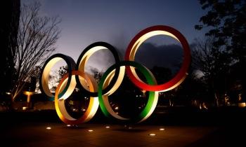 고노, 일본 각료 중 처음으로 도쿄 올림픽 취소 가능성 언급