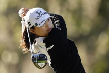 세계 1위 고진영, LPGA 데뷔 후 두 번째 컷 탈락 위기