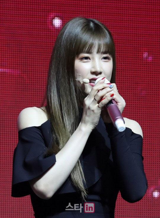 """에이 핑크 박 초롱이 입을 열었다 """"미성년자 음주 미안 … [종합]"""