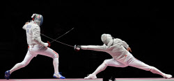 [포토] [올림픽] 금빛 찌르기