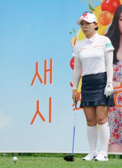 [포토]똑똑이 김현수 '오차없이 조준한다'