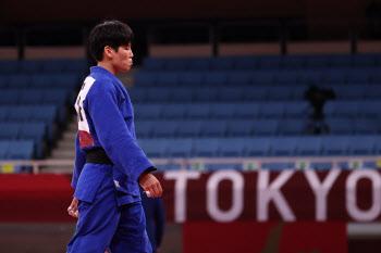 윤현지, 4강서 세계 1위 말롱가에 패배…동메달 결정전행