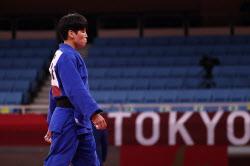 [도쿄올림픽]윤현지, 4강서 세계 1위 말롱가에 패배…동메달 결정전행