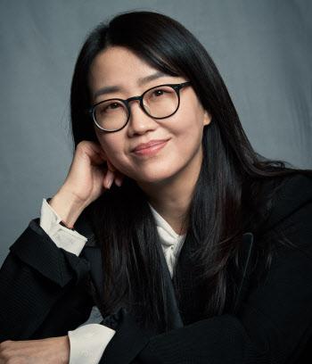 """'킹덤:아신전' 김은희 작가 """"해외 호평 몰카 같아…韓 느낌 통했다"""" [인터뷰]①"""