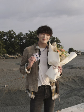 """강승윤, """"'보이스4' 한우주 사랑 감사..다양한 도전한 작품"""""""