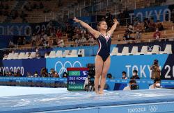 [도쿄올림픽]여서정, 도마 동메달…한국 최초 부녀 메달리스트