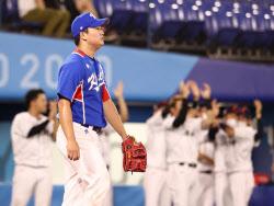 [도쿄올림픽]한국 야구, 일본에 2-5 패배...미국과 결승행 승부