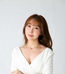 """'갱년기인가봐' 정윤희 """"트롯엔 짜르르함이 있어요"""" (영상)"""