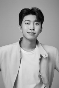 임영웅, BTS도 제쳤다… 10월 가수 브랜드평판 1위
