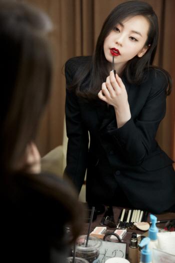 안소희, 못보는 사이 더 예뻐졌네