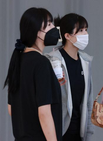 비자 인터뷰 마친 이재영-다영 자매